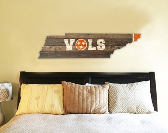 University of Tennessee - VOLS Wooden State Flag Cut Out