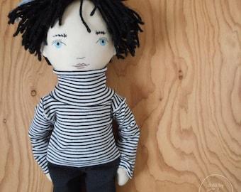 """PRÊT à expédier - Julien - 20"""" héritage, One-of-a-kind, poupée garçon en tissu - noir et blanc - une poupée de chiffon - fait main - Fashion - Decor"""