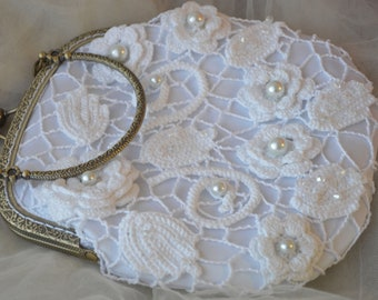 White Lace Bridal Clutch Bridal Purse Pearl Clutch Wedding Purse For bride Handmade White Lace Bridesmaid Clutch Crochet Bag Irish lace