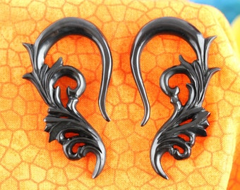 2 Gauge Stretched ears - Horn Hanging Plugs - 6 mm Gauged Ears - 2g Horn stretch plugs - 6mm stretching ear *B039
