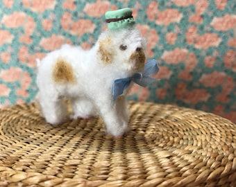 Dog Spot for Blythe wearing hat