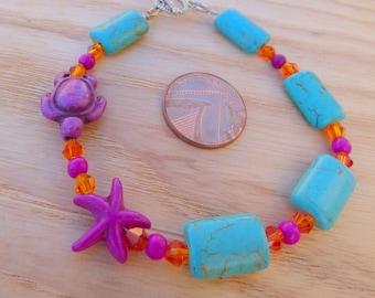 STARFISH TURTLE BRACELET.  Howlite bracelet, turtle bracelet, starfish bracelet, ocean bracelet, beach bracelet, boho bracelet. Gift