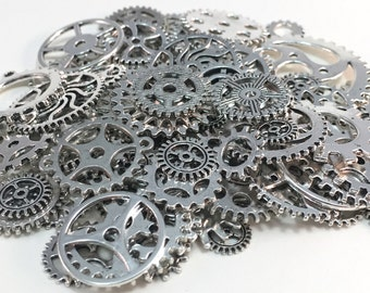 100 Steampunk Cogs Gears Machinery Mix Sizes/Designs - Silver