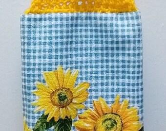 Towel Topper Golden Sunflower