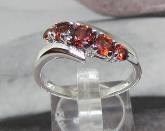 Phalanx in silver topped natural Garnet ring size 52
