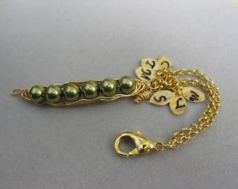 Keychain charm, Peapod keychain charm, peas in a pod charm, key chain charm, personalized keychain charm