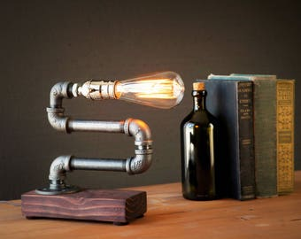 Edison lamp-Rustic home decor-Steampunk lamp-Unique table lamp-Industrial lighting-Housewarming gift for men-Desk lamp-Bedside lamp