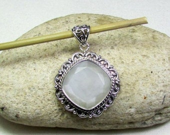 ON SALE Moonstone with Solid 925 Sterling Silver Handmade Jewelry Pendant 27x40