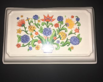 Vintage Flowered Jewelry/Trinket Box
