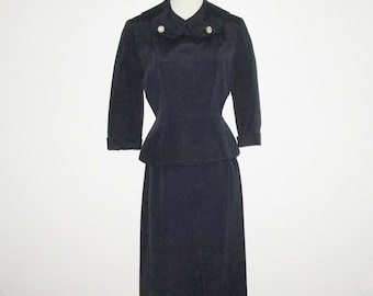 Vintage 1950s Navy Suit / 50s Navy Faille Suit With Rhinestone Accents By Leslie Fay Originals - Size M
