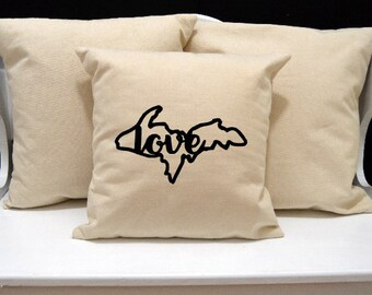 Upper Penninsula Love Pillow, Michigan Pillow, Home Decor, Decorative PIllow, Throw Pillow, Home Pillow, State Pillow, Pillow Cover, home