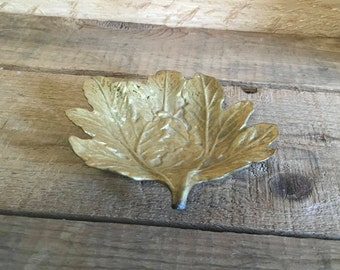 Vintage Brass Chrysanthemum Leaf Dish , VGM Virginia Metalcrafters  , 1948 , Brass Leaf , Mid-Century Decor , Collectable , 5 3/8 by 4 5/8