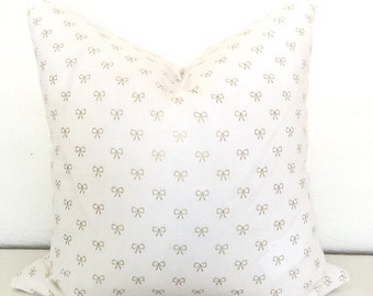 Decorative pillow cover with Gold bow print (18x18)