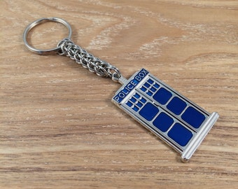 Dr Who inspired chainmaille keyring - Police box chainmail keyring