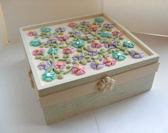 Floral Jewelry Box - Daisy flower jewelry box, keepsake box, pink jewelry box, purple jewelry box, turquiose box, spring decor