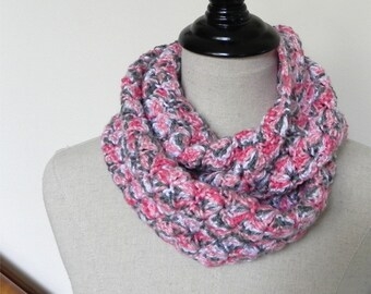 Crochet infinity scarf in shades of rose pink, gray and white is ready to ship, crochet cowl #526