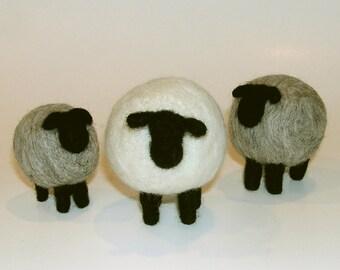 NEEDLE FELTING KIT / Shapely Sheep / Learn to Needle Felt with Wool /Beginner felting kit / Learn how to needle felt sheep / country sheep