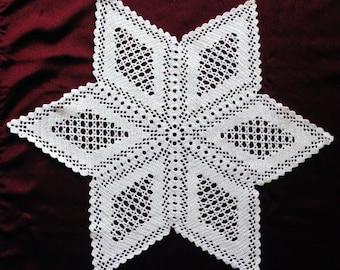 Filet crocheted star