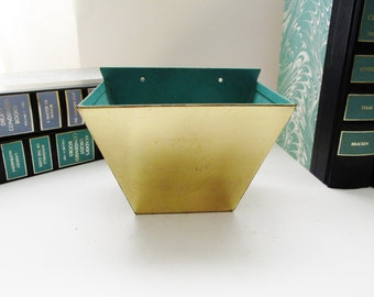 Planter, Inc Chicago Solid Brass Mid Century Wall Planter, Art Moderne Brass Decor, Air Plant Container, Succulent Planter