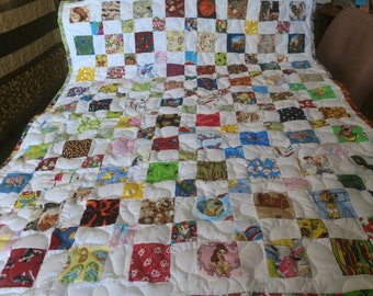 Handcrafted Boy Girl Pieced  I- Spy Baby Crib Lap Throw Quilt Handmade Multi Pictures Blanket Made in Arkansas Ozarks