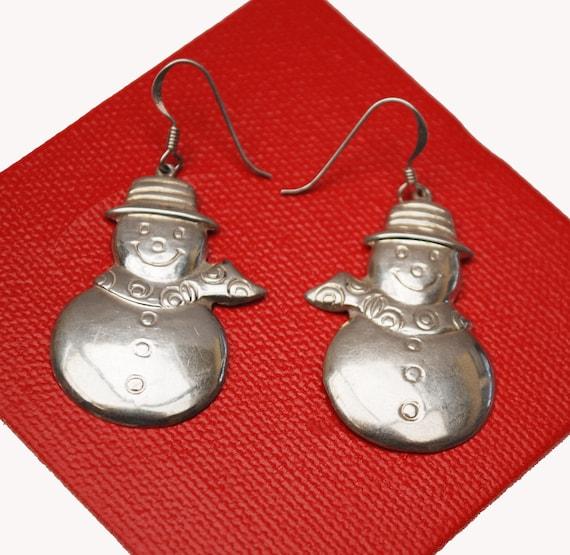 Sterling Silver  Snow Man Earrings -  Holiday  Christmas  - Frosty the snow man  winter snowman dangle earrings