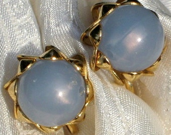 Earrings Vintage Blue Baby Thermoset Plastic Bakelite Era Pearly Mid Century Frosted Modernist Ornate Elegant Domed Pearls SB Clips Mad Men