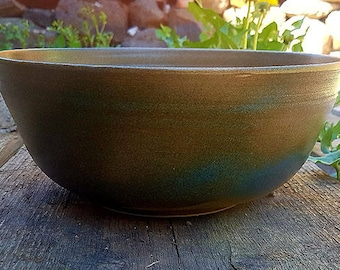 Large salad bowl green and blue