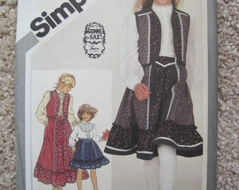 UNCUT Girls Skirt, Blouse and Quilted Vest - Size 12 - Simplicity Sewing Pattern 5162 - Vintage 1981