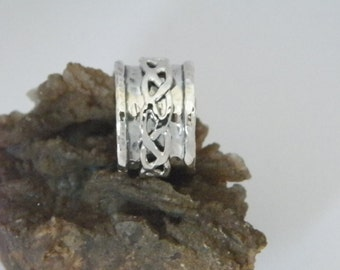 Hammered Oxidized Sterling Silver Spinner Ring-Stamped.925 with Braided Spinner -Custom Size