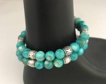 Aqua bracelet, aqua bead bracelet, aqua wrap bracelet, aqua memory wire bracelet, aqua shell bracelet, blue bead bracelet, bracelet aqua