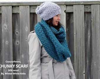 Chunky knit infinity scarf, hand knit scarf, teal knit scarf, chunky knit cowl, chunky scarf, winter scarf, wool blend knit scarf
