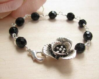 Flower bracelet, Black bracelet, Romantic bracelet, Romantic jewelry, Spring jewelry, Beaded bracelet, Wire wrapped bracelet, Dainty jewelry