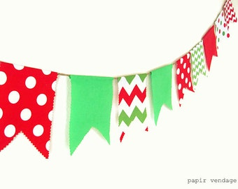 Christmas Bunting Banner,Chevron & Polka Dot Christmas Bunting,Christmas Decorations, Fabric Banner,Christmas Photo Prop