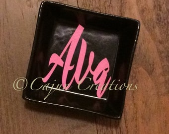 Personalized ring dish, custom ring holder, personalized jewelry dish, jewelry holder, jewelry organizer, Black ring dish with name.
