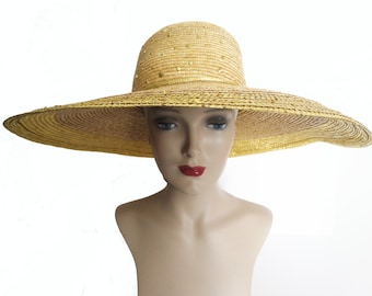 Vintage 1980s Hat//80s Hat//Straw//Gold Metallic Edging //Wide Brim Hat//Designer//Gold Beads//Old Hollywood//Paris//New York