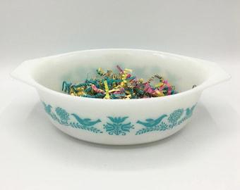 Vintage Pyrex Bluebird Casserole Dish, No Lid, Pyrex 043, 1.5 Quart