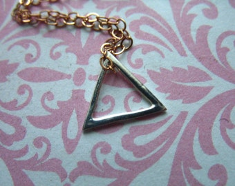 Sale.. 1 2 5 10 pc, Geometric TRIANGLE Pendant Charm, 10 mm, SMALL, Sterling Silver, Triangle Outline, geo modern art  to.10