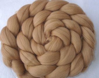 Wool roving, merino wool roving, roving wool, spinning fiber, felting wool, unspun wool, 20 mic, dreads, dolls hair, CAFE LATTE, 3.5oz, 100g