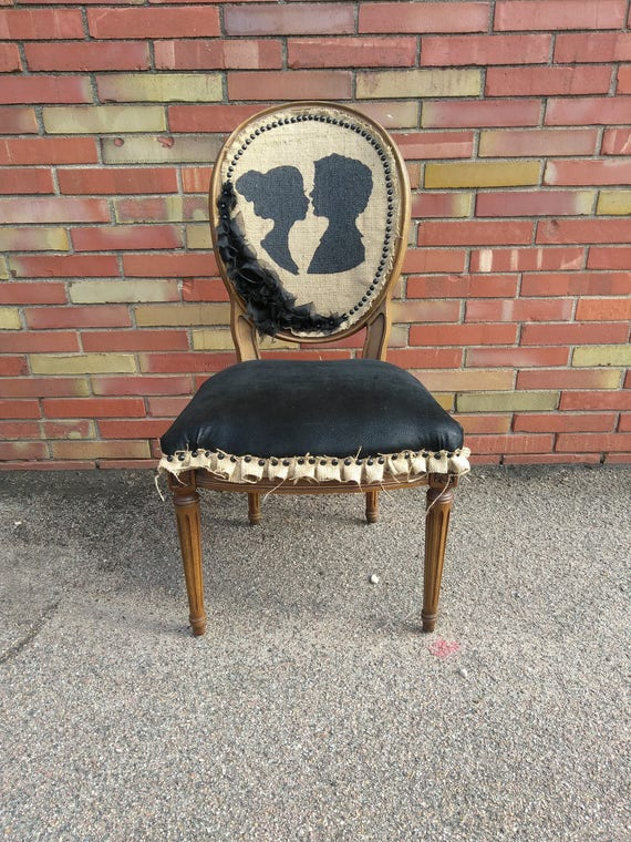 Eternal Lovers Silhouette Accent Chair
