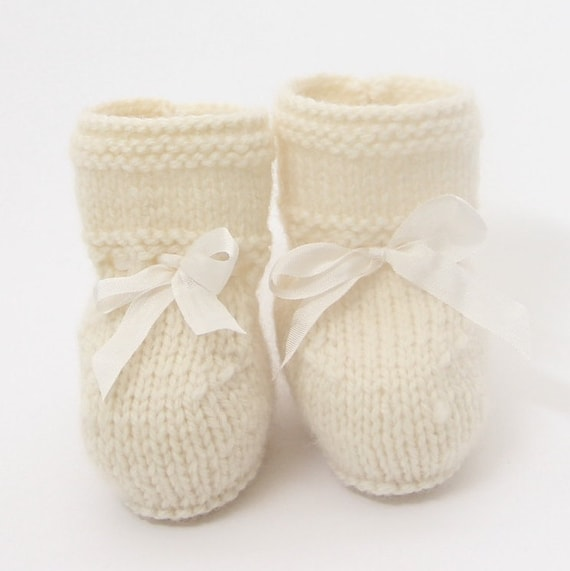Baby Booties / Knitting Pattern Baby English Instructions / PDF / 4 Sizes Newborn - 3 months - 6 months - 12 months