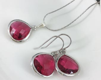 Fuchsia Jewelry Bridesmaid Jewelry Gift Idea Silver Necklace Set Wedding Jewelry Gift for Her Maid of Honor Mother of Groom Crystal Jewelry
