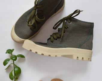 Cotton Chunky Sneakers // Hi Tops 1990s Womens Shoes // Size 7 1/2 EU 38