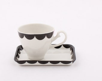 Porcelain Espresso Cup and Saucer - Coffee set - Atypical saucer - Small cup - Black/White - Pink - Geometric - Vintage handle - Kitchen