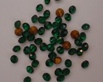 50  Emerald Chatons demi-fins SS21
