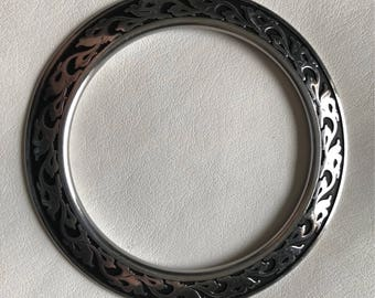 """Large Watt Black Accent Floral Ring 2 3/4"""""""