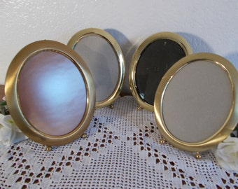 Vintage Oval Gold Brass Picture Frame 5 x 7 Photo Decoration Midcentury Hollywood Regency Home Decor Rustic Shabby Chic Wedding Gift Him Her