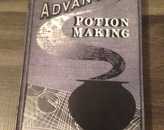 Advanced Potion Making - Book.