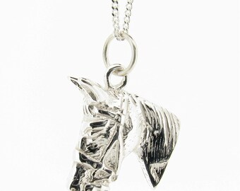 Solid Sterling Silver Horse Head Pendant & Chain
