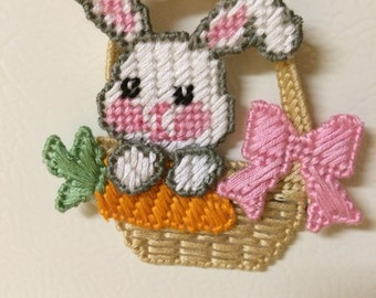 Easter Bunny in a Basket magnet plastic canvas