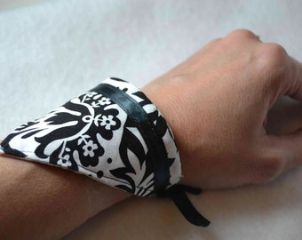SET of 2 triangle cuff bracelets damask cotton fabric, satin black ribbon ties formal gift for her French Shabby Chic Prom Valentine's Day